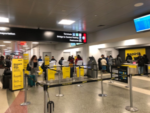 Spirit-Airlines-check-in